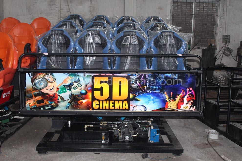 High Quality Electric 9 Seats Truck Mobile 5D Cinema