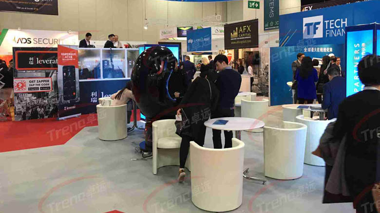 Zhuoyuan 9d vr cinema is the good helper for our client in exhibition 1