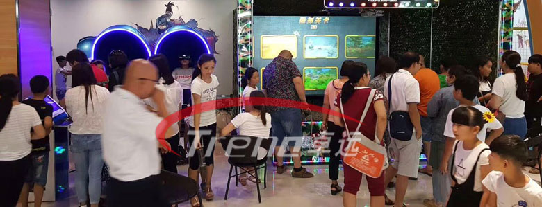 "Zhuoyuan ""VR Simulator + Bookstore"" mode help bookstores to transform 1"
